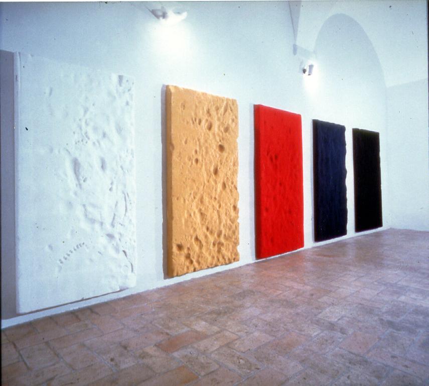 Salvatore Falci, 1988, Materassi, Galleria Alice, Roma