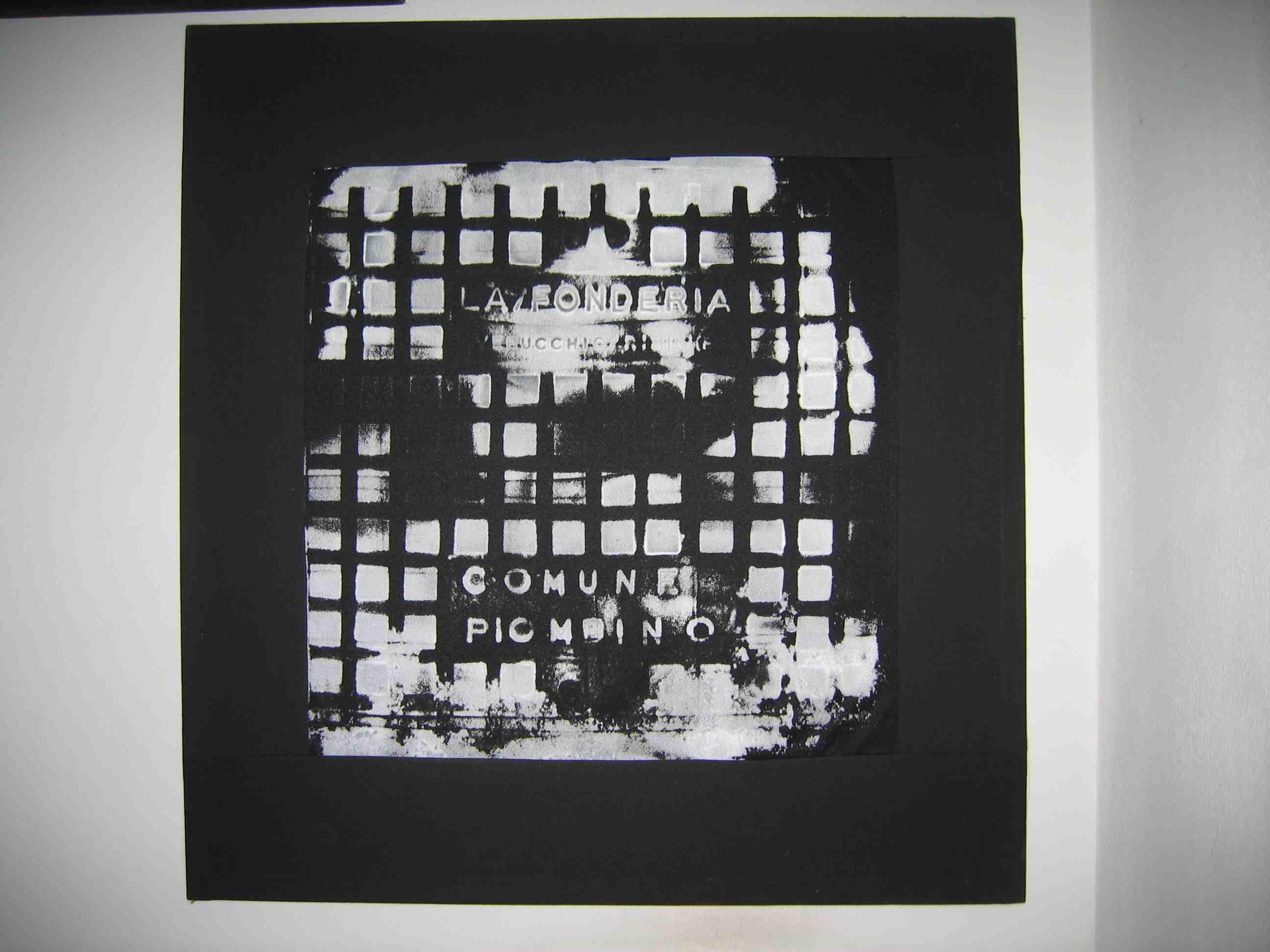 Salvatore Falci, 1994, Striscioni Pressione Tombino, cm. 100x100
