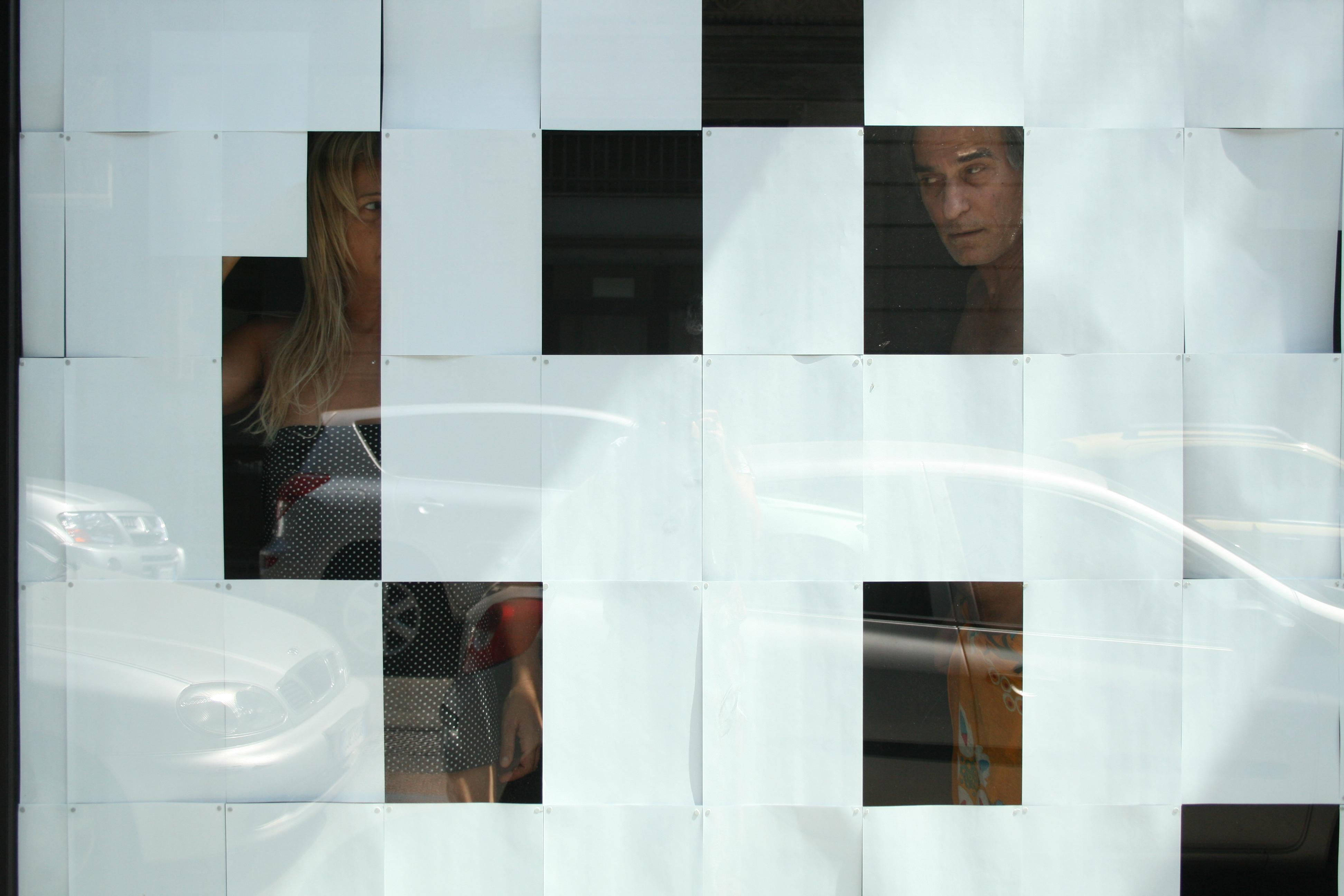 Salvatore Falci, 2009, Abbastanza bene ma..., Foto Dietro al Vetro, Fondazione Mudima, Milano, (con Simona Barzaghi)