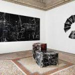 Salvatore Falci, 2019, INSTALLATIONVIEW_CONWITH, Casse, Pavimento Smerigliatura e Scala Vitamina's Galleria Casoli De Luca, Roma